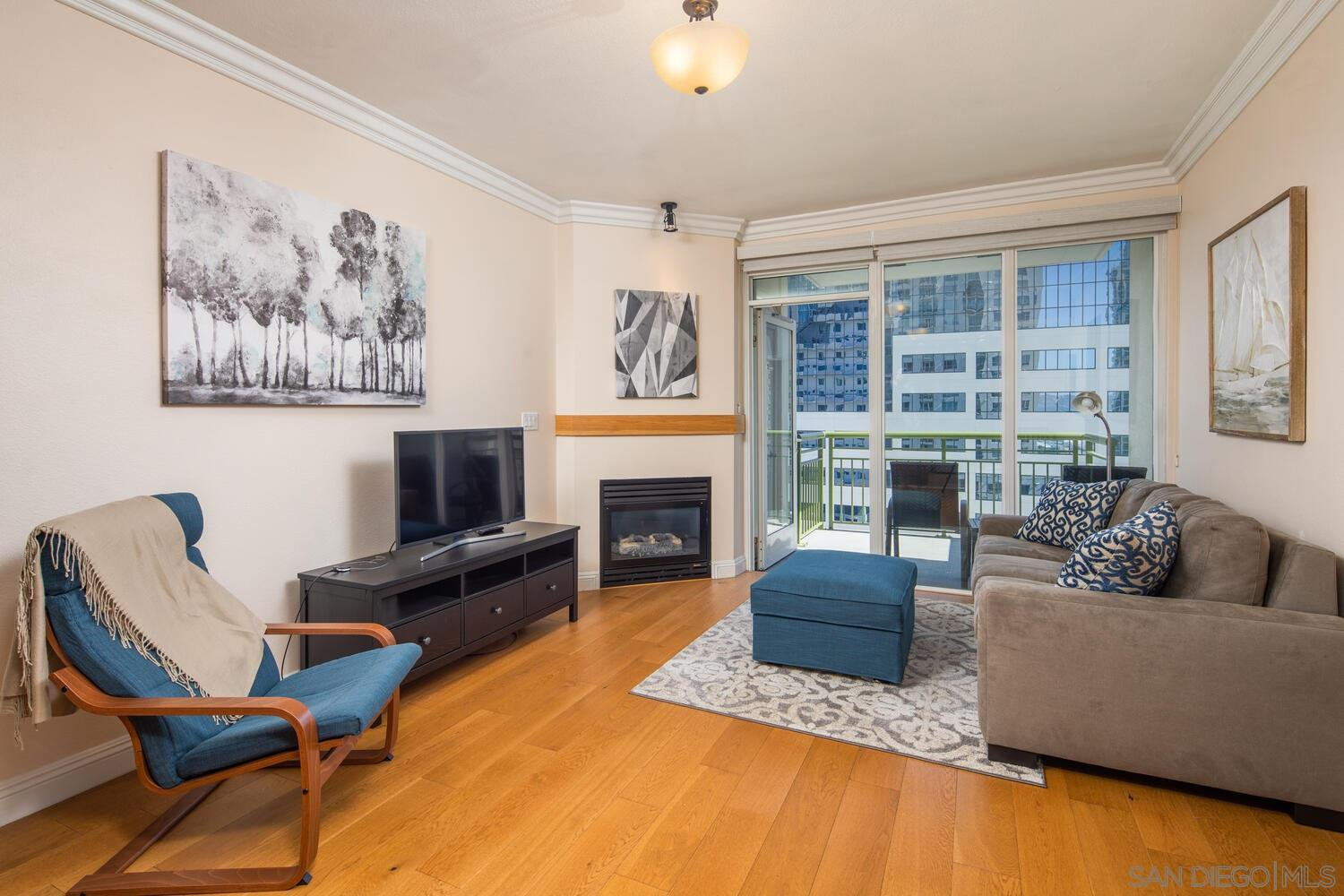 Main Photo: DOWNTOWN Condo for sale : 1 bedrooms : 1240 India St #1404 in San Diego