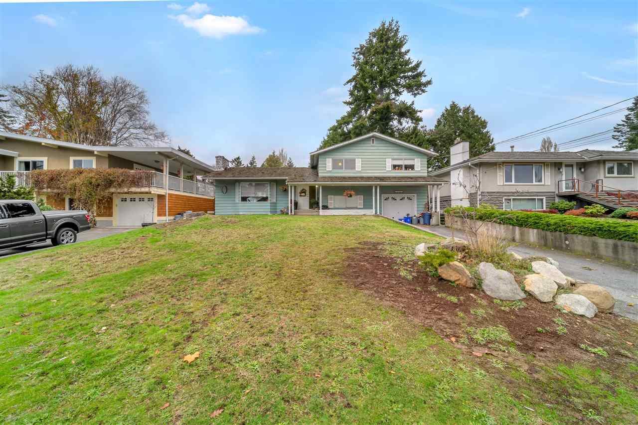 Main Photo: 13689 COLDICUTT Avenue: White Rock House for sale (South Surrey White Rock)  : MLS®# R2518313