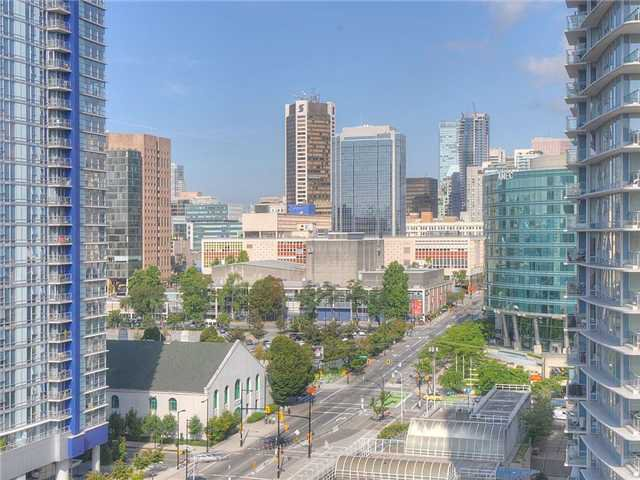 Main Photo: 2107 689 ABBOTT Street in Vancouver: Downtown VW Condo for sale (Vancouver West)  : MLS®# V932303