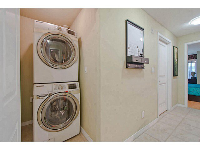 Photo 11: Photos: # 209 2636 E HASTINGS ST in Vancouver: Renfrew VE Condo for sale (Vancouver East)  : MLS®# V1039275