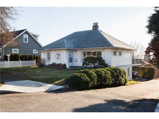 Main Photo: 1604 HAMILTON ST in New Westminster: West End NW House for sale : MLS®# V1046958