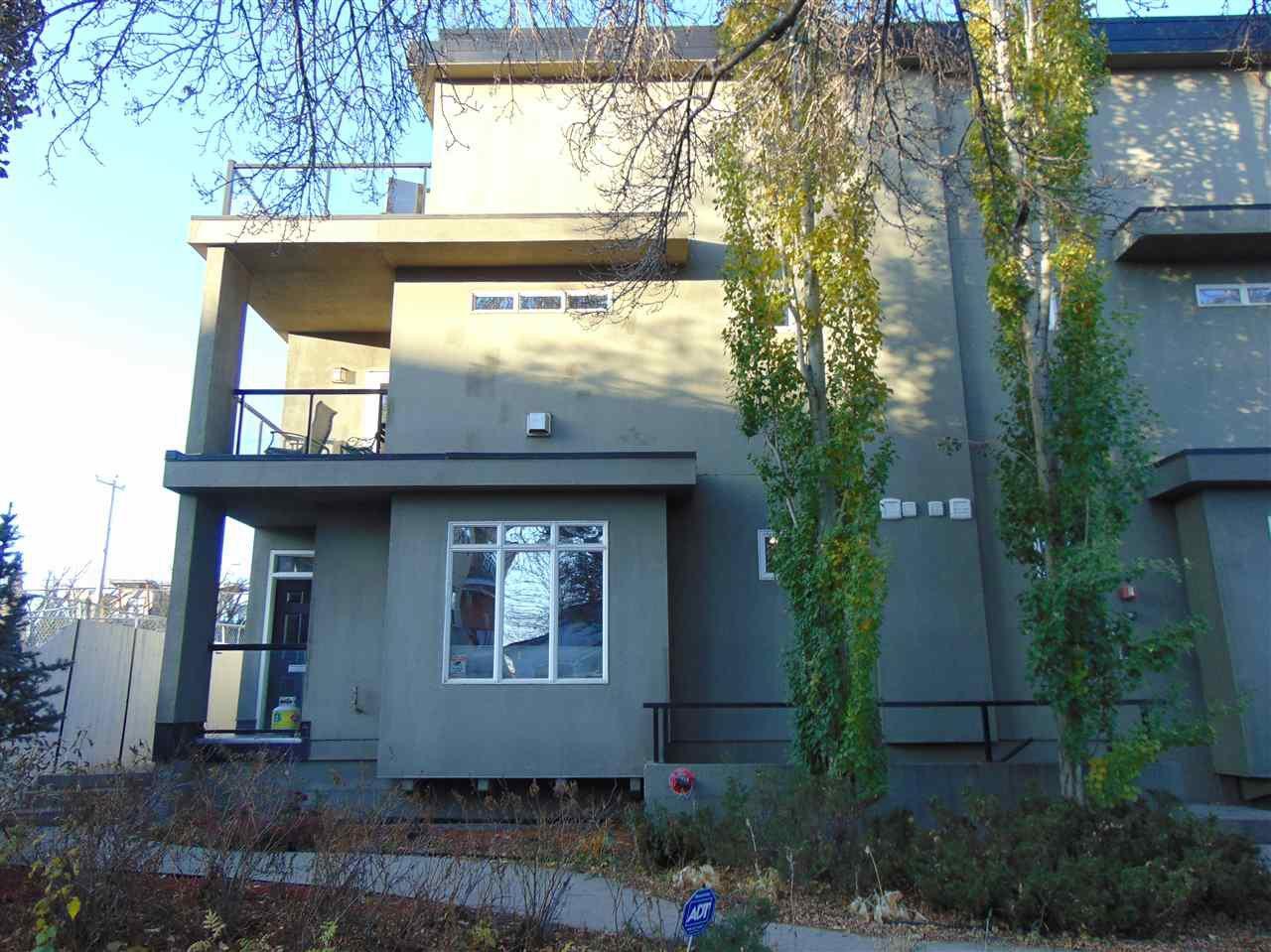 Main Photo:  in Edmonton: Zone 15 Townhouse for sale : MLS®# E4203212