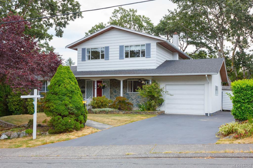 Main Photo: 3564 Redwood Ave in Oak Bay: OB Henderson Single Family Detached for sale : MLS®# 844158