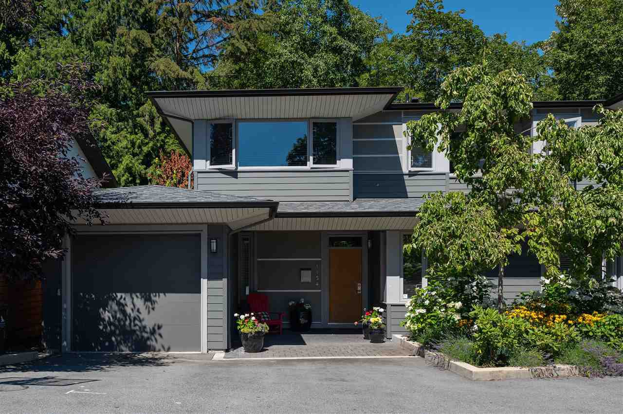 "Main Photo: 1154 WENDEL Place in North Vancouver: Lynn Valley Townhouse for sale in ""Wendel Court"" : MLS®# R2487790"