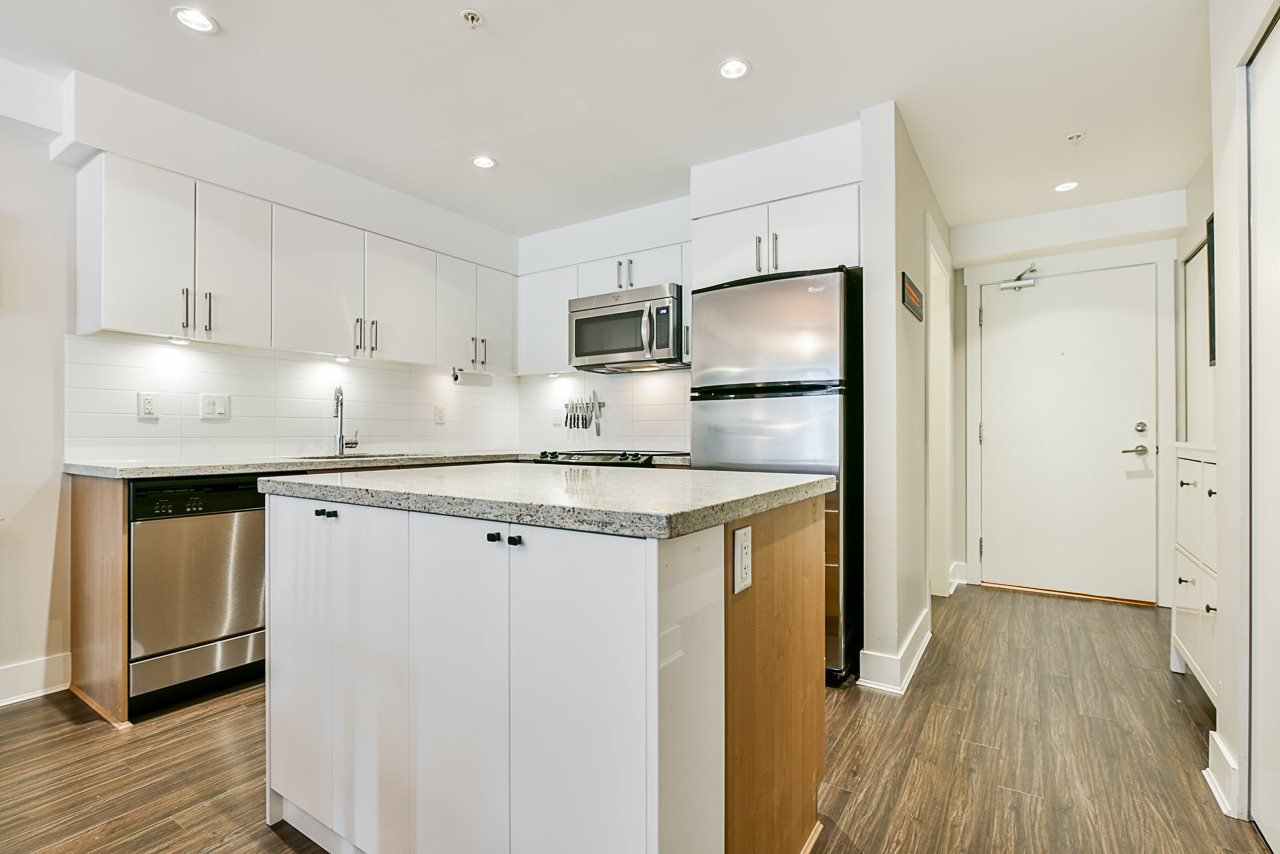"""Main Photo: 208 85 EIGHTH Avenue in New Westminster: GlenBrooke North Condo for sale in """"Eight West"""" : MLS®# R2489183"""