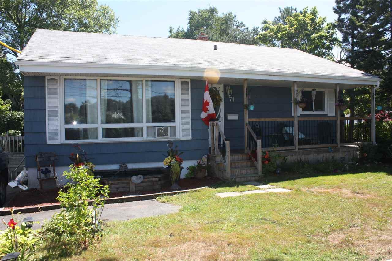 Main Photo: 71 Woodlawn Road in Dartmouth: 17-Woodlawn, Portland Estates, Nantucket Residential for sale (Halifax-Dartmouth)  : MLS®# 202017205