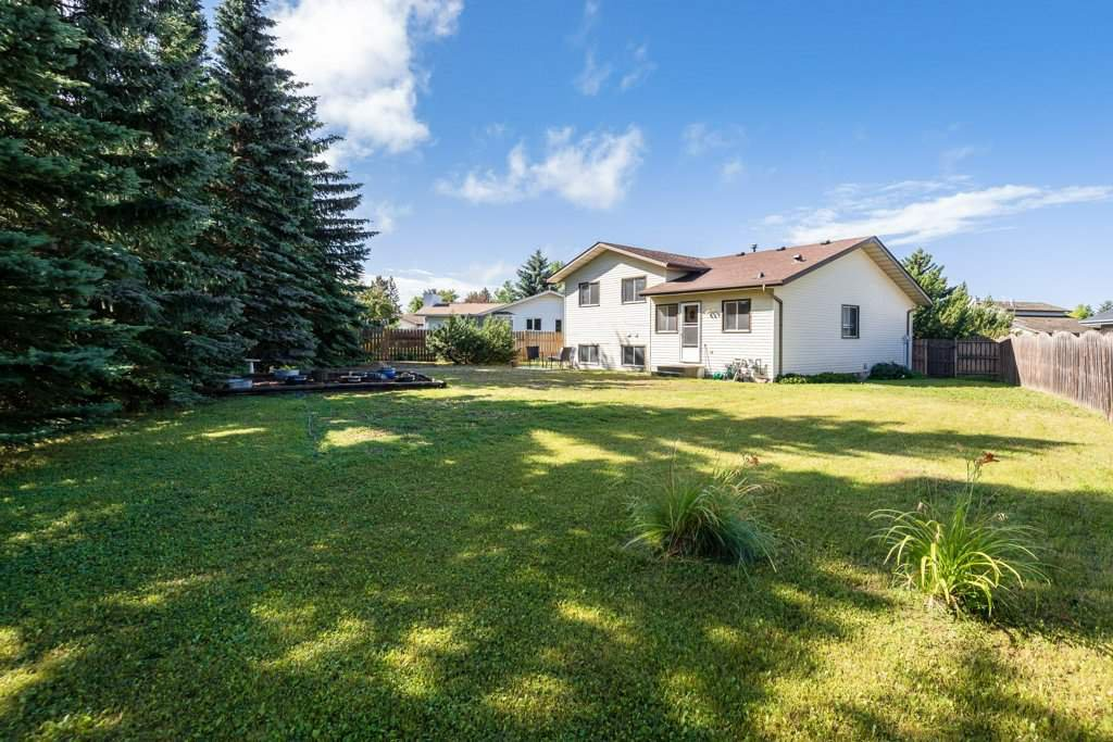 Main Photo: 10628 21 Avenue in Edmonton: Zone 16 House for sale : MLS®# E4212844