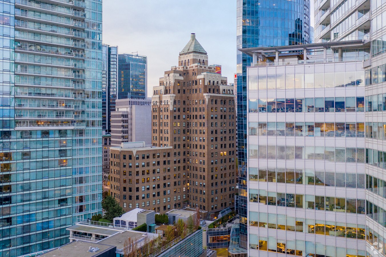 Main Photo: 410 355 Burrard Street in Vancouver: Downtown VW Office  (Vancouver West)