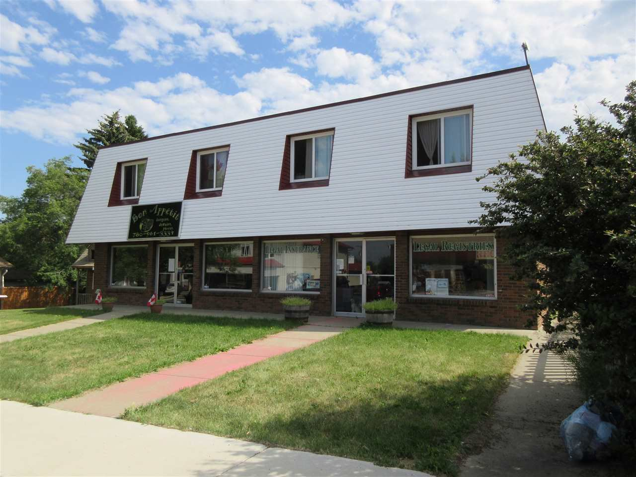 Main Photo: 4727 50 Avenue: Legal Multi-Family Commercial for sale : MLS®# E4215954
