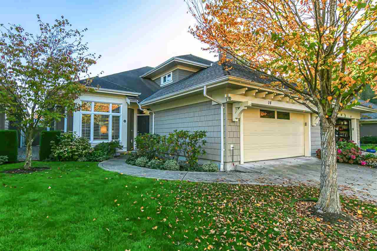 """Main Photo: 14 5300 ADMIRAL Way in Delta: Neilsen Grove Townhouse for sale in """"WOODWARD LANDING"""" (Ladner)  : MLS®# R2506047"""