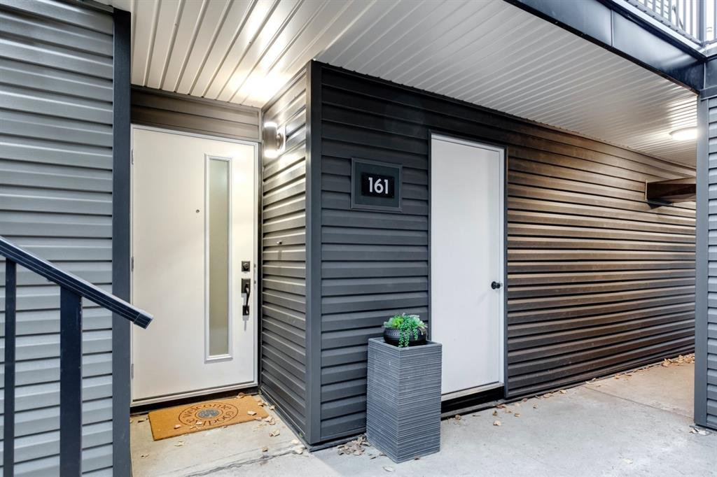 Private access to the NEW front door through  a well lit breezeway