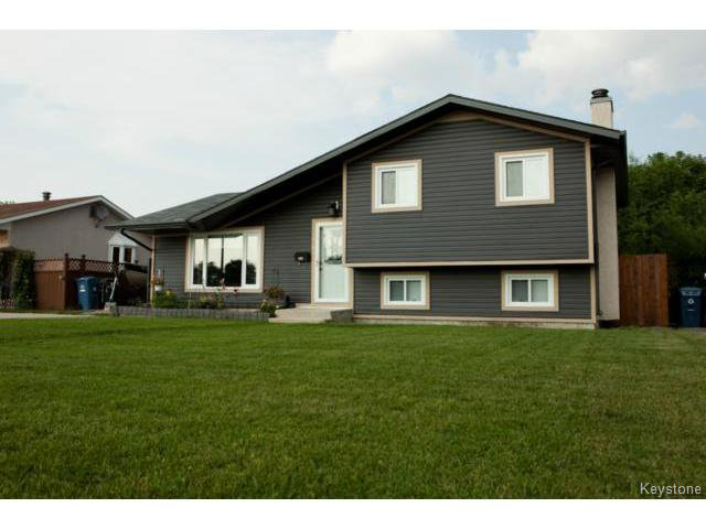 Main Photo: 27 Bramton Street in WINNIPEG: St Vital Residential for sale (South East Winnipeg)  : MLS®# 1418917