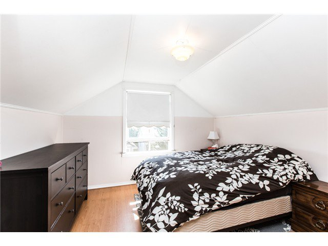 """Photo 11: Photos: 327 ARBUTUS Street in New Westminster: Queens Park House for sale in """"QUEENS PARK"""" : MLS®# V1081789"""