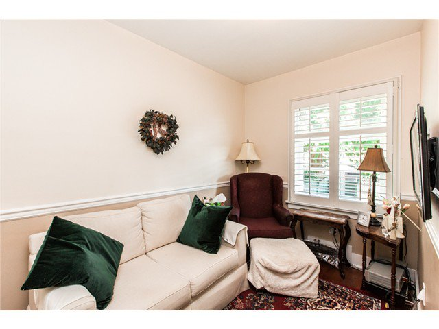 """Photo 10: Photos: 327 ARBUTUS Street in New Westminster: Queens Park House for sale in """"QUEENS PARK"""" : MLS®# V1081789"""