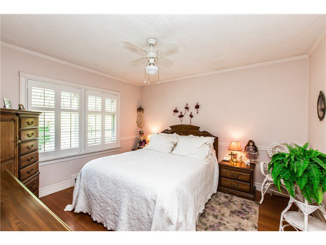"""Photo 8: Photos: 327 ARBUTUS Street in New Westminster: Queens Park House for sale in """"QUEENS PARK"""" : MLS®# V1081789"""