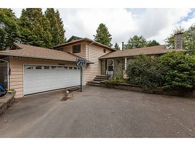 Main Photo: 9570 Oban pl in Surrey: Queen Mary Park Surrey House for sale : MLS®# F1322194