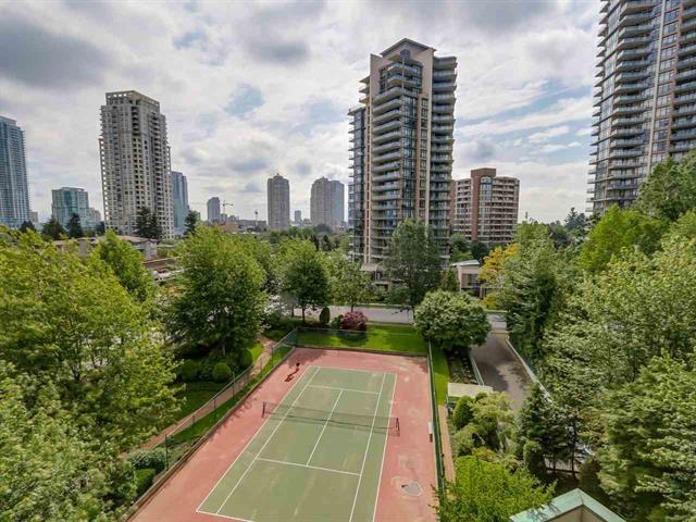 Main Photo: 7E 6128 Patterson Avenue in Burnaby: Condo for sale : MLS®# R2074568