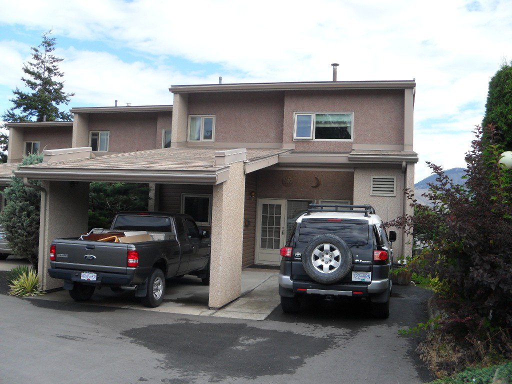 Main Photo: 9 1555 Summit Drive in Kamloops: Sahali Multifamily for sale : MLS®# 136505