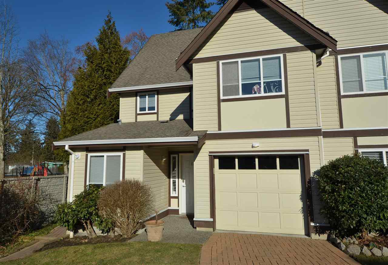 Main Photo: 17 21801 DEWDNEY TRUNK ROAD in Maple Ridge: West Central Townhouse for sale : MLS®# R2135535