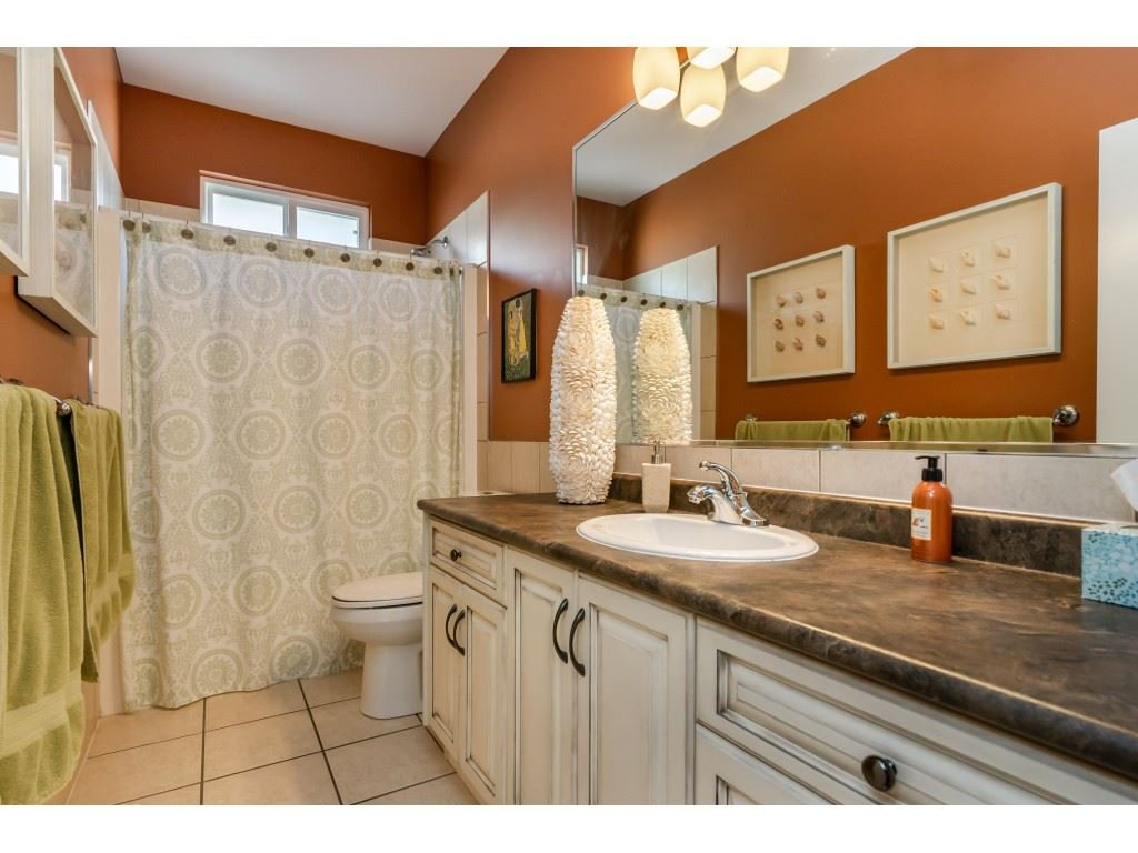 Photo 11: Photos: 26836 26A Avenue in Langley: Aldergrove Langley House for sale : MLS®# R2402775
