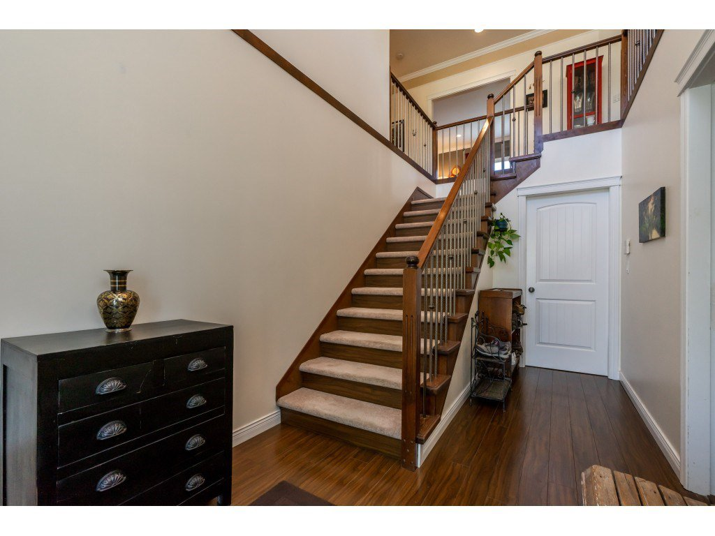 Photo 2: Photos: 26836 26A Avenue in Langley: Aldergrove Langley House for sale : MLS®# R2402775