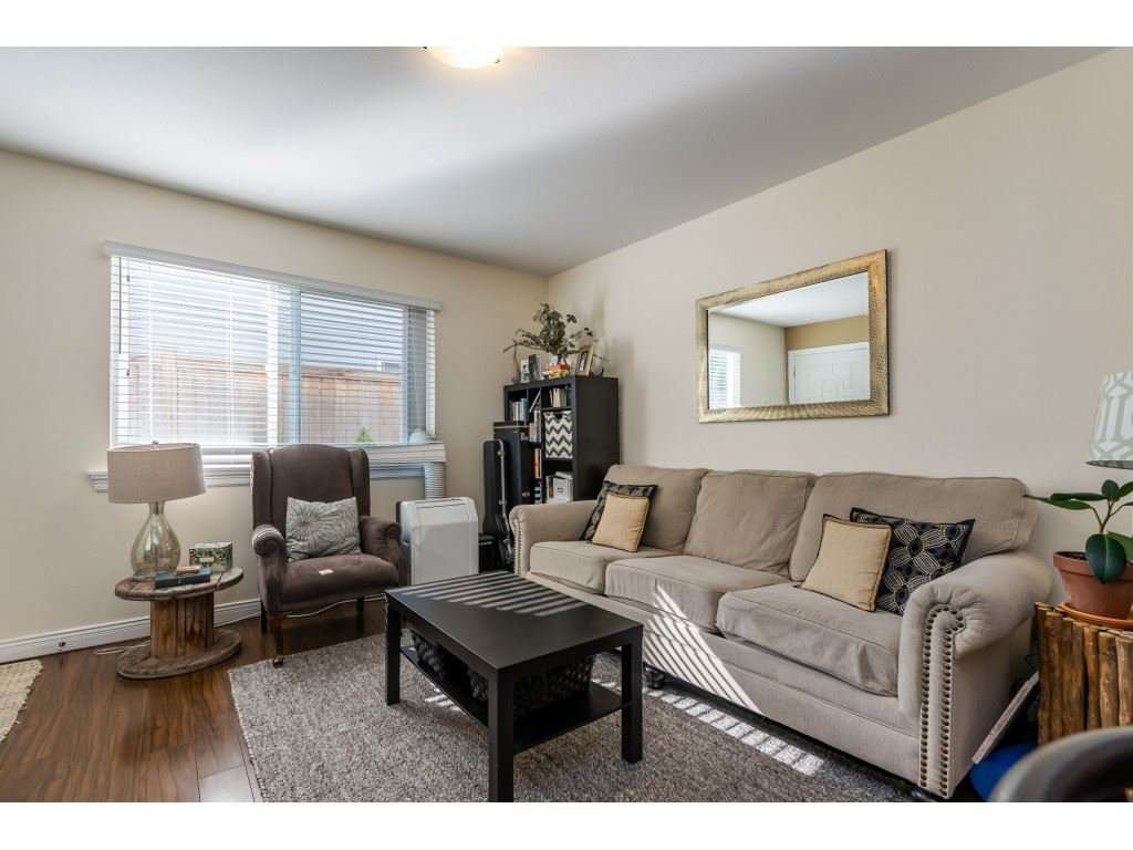 Photo 15: Photos: 26836 26A Avenue in Langley: Aldergrove Langley House for sale : MLS®# R2402775