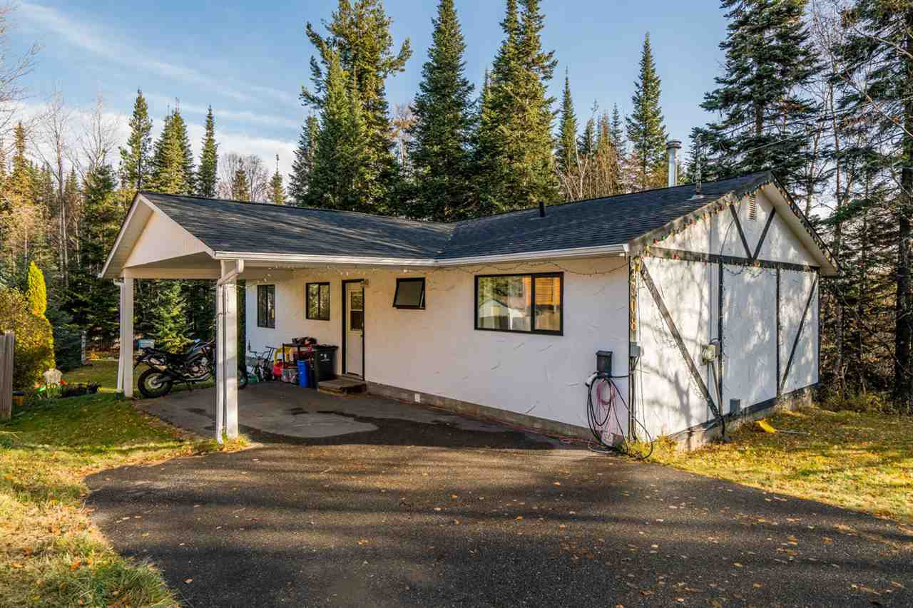 Photo 5: Photos: 4308 VELLENCHER Road in Prince George: Hart Highlands House for sale (PG City North (Zone 73))  : MLS®# R2413239