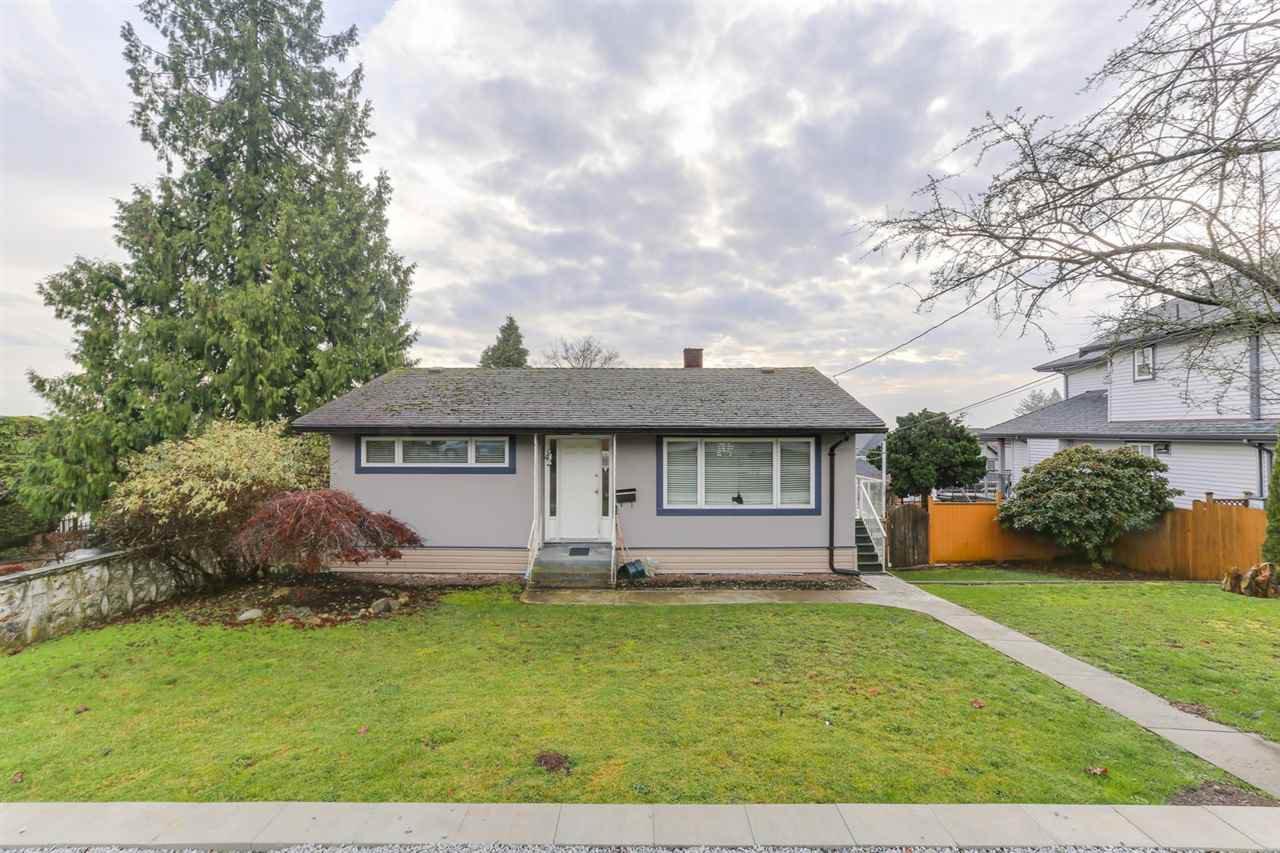 Main Photo: 942 STEWART Avenue in Coquitlam: Maillardville House for sale : MLS®# R2423899