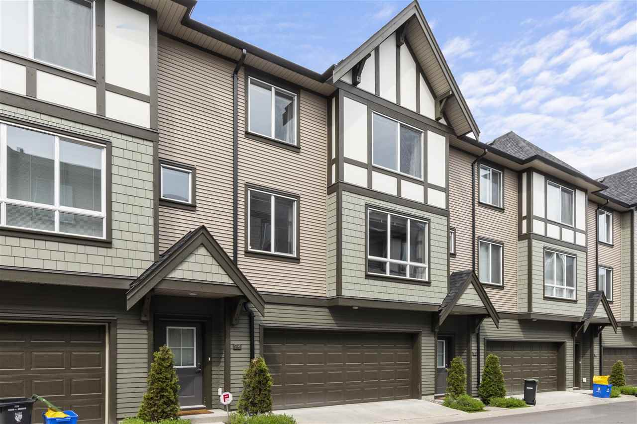 "Main Photo: 94 8138 204 Street in Langley: Willoughby Heights Townhouse for sale in ""ASHBURY + OAK"" : MLS®# R2455313"