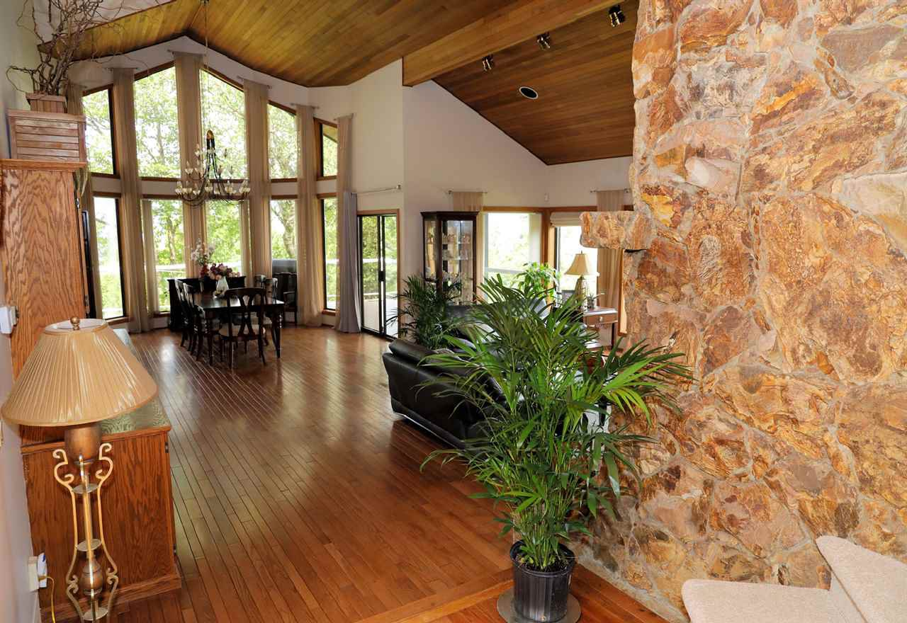 Photo 20: Photos: 43250 OLD ORCHARD Road in Chilliwack: Chilliwack Mountain House for sale : MLS®# R2461438