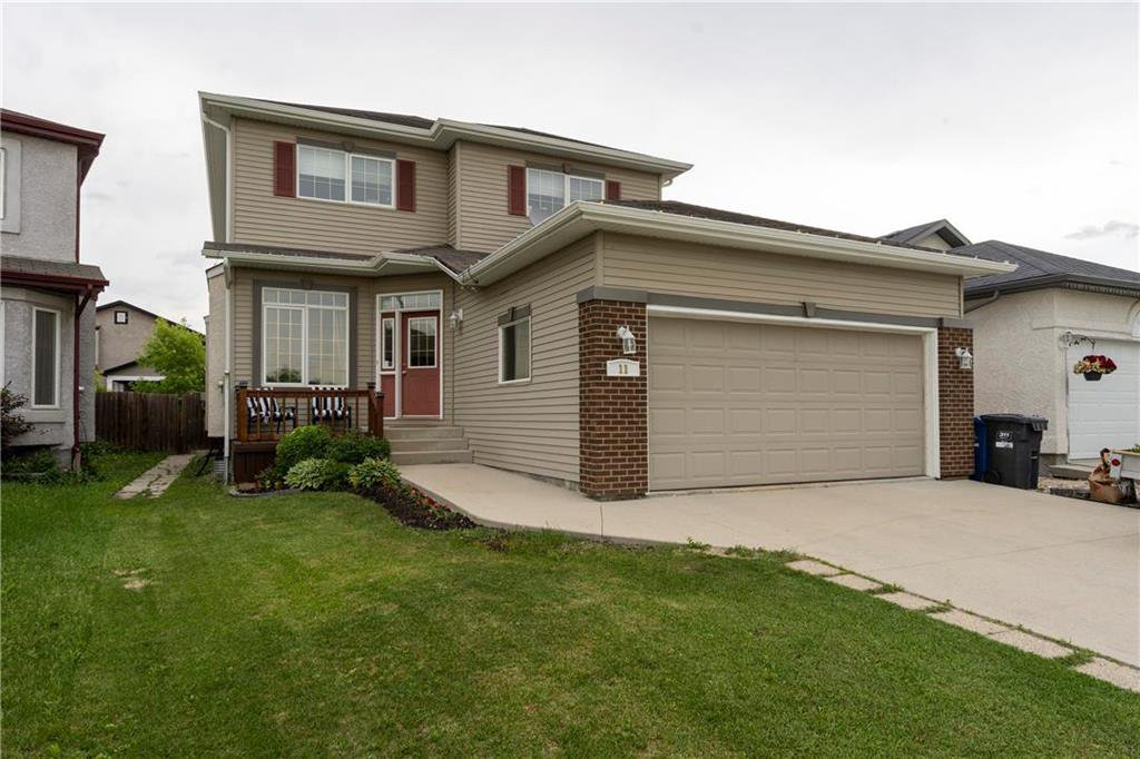 Main Photo: 11 Captains Way in Winnipeg: Island Lakes Residential for sale (2J)  : MLS®# 202013913