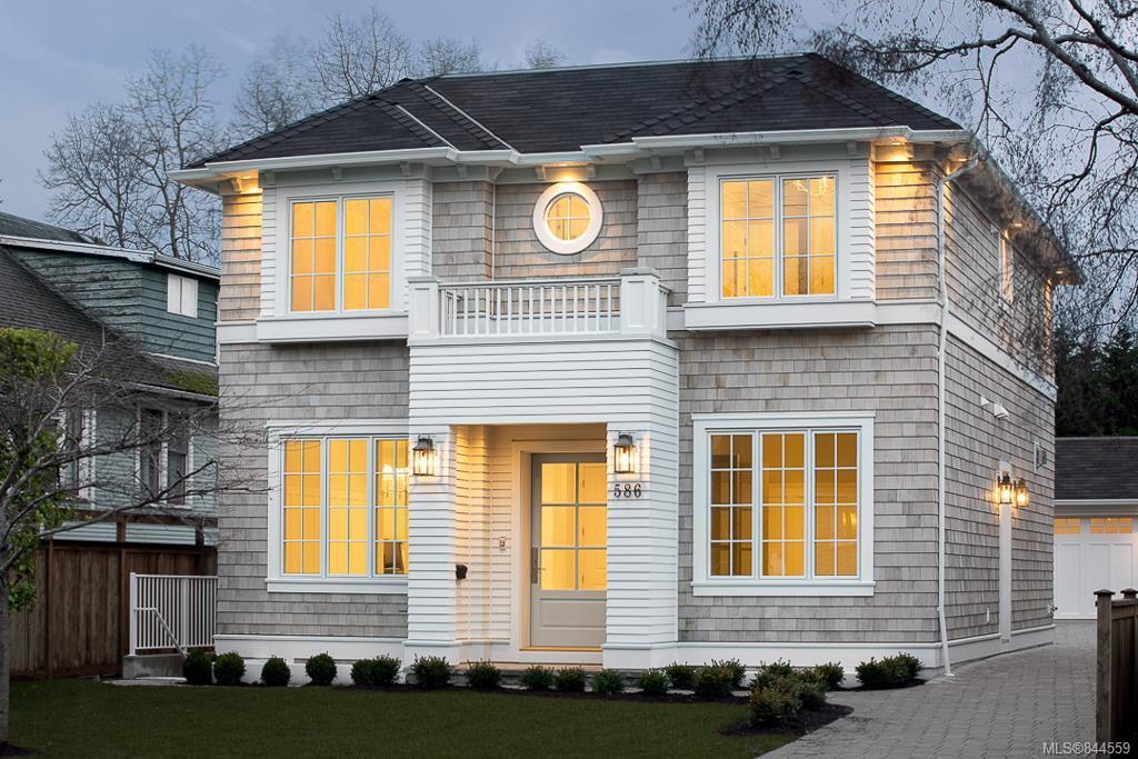 Main Photo: 586 Oliver St in Oak Bay: OB South Oak Bay Single Family Detached for sale : MLS®# 844559