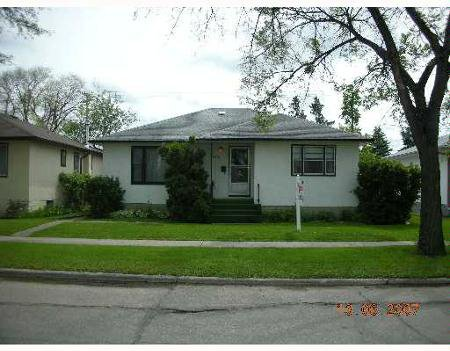 Main Photo: 832 INKSTER: Residential for sale (Old Kildonan)  : MLS®# 2710513