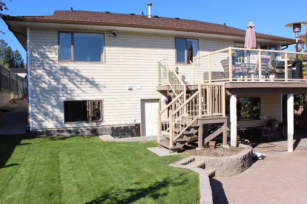 Photo 17: Photos: 779 Robson Drive in Kamloops: Sahali House for sale : MLS®# 118998