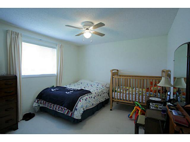 Photo 13: Photos: 54 DOUGLAS DR in BARRIE: House for sale : MLS®# 1403531