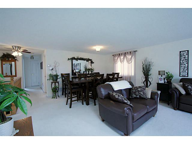 Photo 3: Photos: 54 DOUGLAS DR in BARRIE: House for sale : MLS®# 1403531