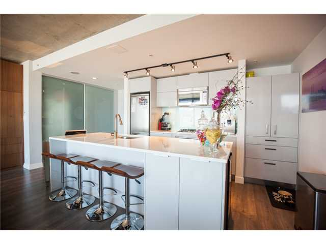 Photo 7: Photos: # 2801 128 W CORDOVA ST in Vancouver: Downtown VW Condo for sale (Vancouver West)  : MLS®# V1120404