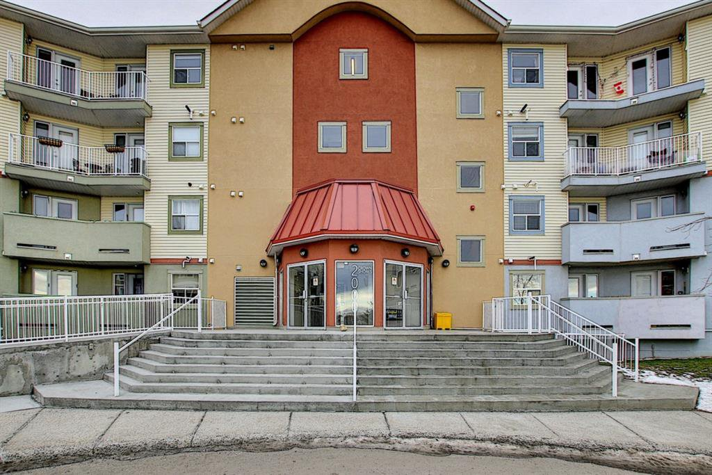 Main Photo: 2101 700 Willowbrook Road NW: Airdrie Apartment for sale : MLS®# A1052711