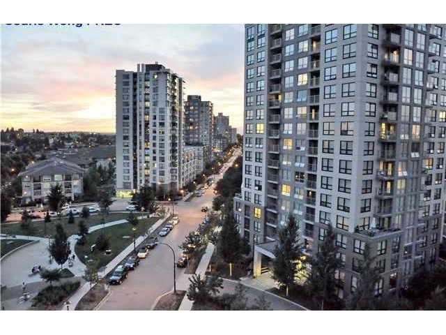 """Main Photo: 405 5380 OBEN Street in Vancouver: Collingwood VE Condo for sale in """"URBA"""" (Vancouver East)  : MLS®# V986487"""