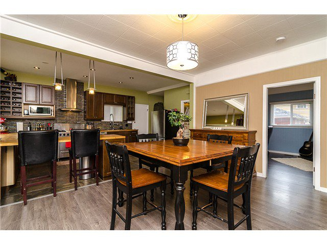 Main Photo: 235 9TH ST in New Westminster: Uptown NW House for sale : MLS®# V1008504