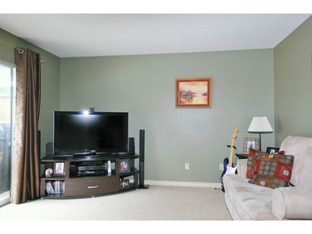 Photo 3: Photos: # 3 11757 207TH ST in Maple Ridge: Southwest Maple Ridge Condo for sale : MLS®# V1010426