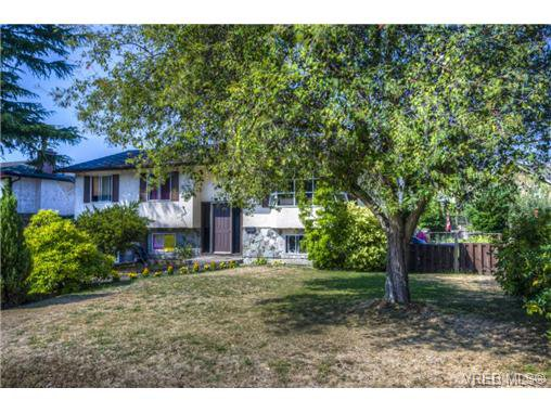 Main Photo: 3216 Willshire Dr in VICTORIA: La Walfred House for sale (Langford)  : MLS®# 679747