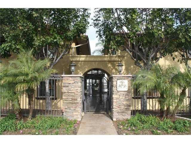 Main Photo: SAN DIEGO Condo for sale : 2 bedrooms : 2744 B Street #206