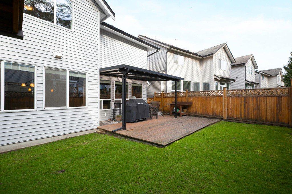 Photo 26: Photos: 14928 62 Avenue in Surrey: Sulivan Station House for sale : MLS®# R2030928