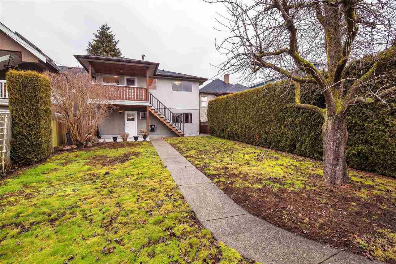 Photo 15: Photos: 450 E 57TH AVENUE in Vancouver: South Vancouver House for sale (Vancouver East)  : MLS®# R2135763
