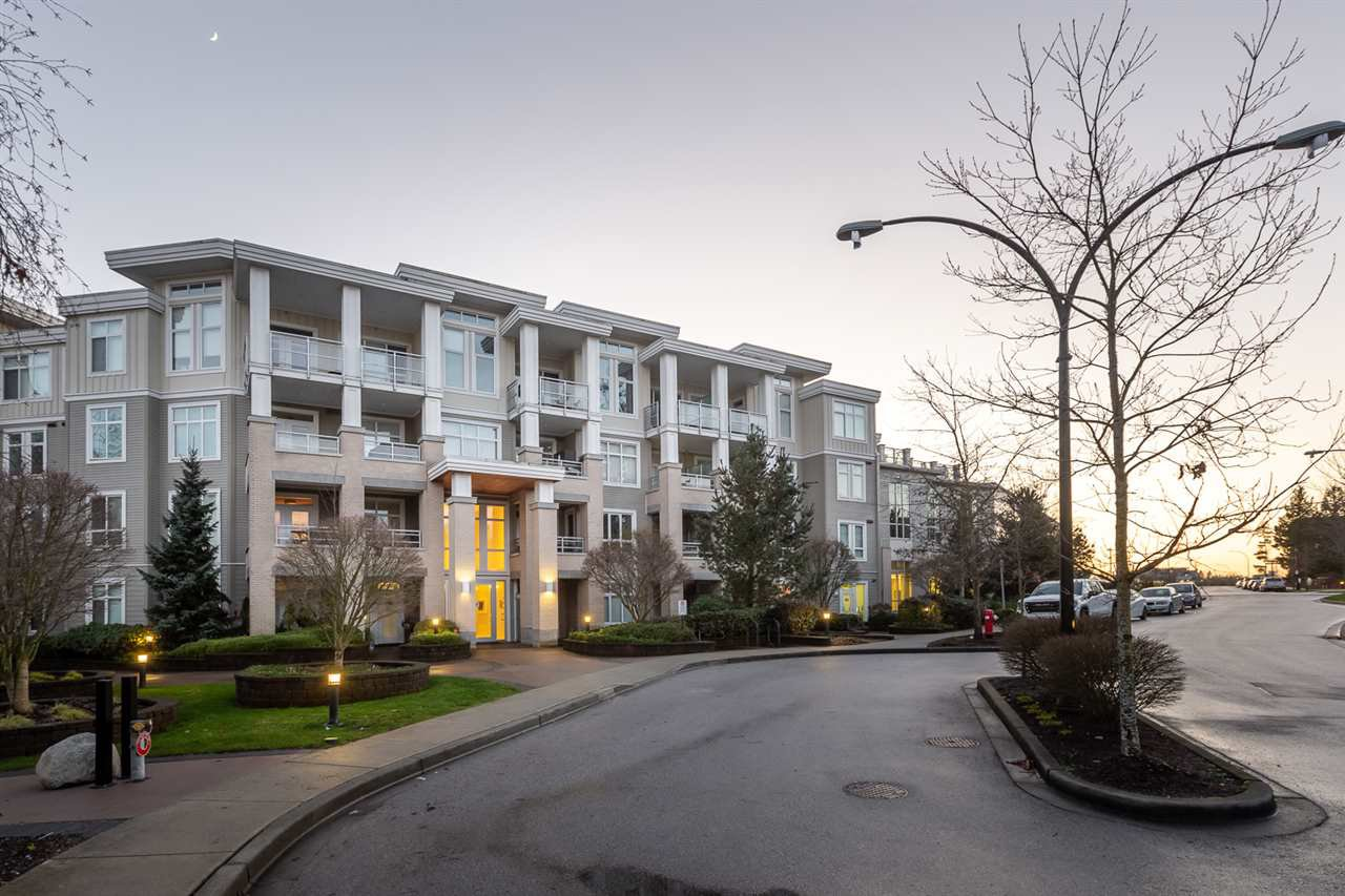 "Main Photo: 307 15428 31 Avenue in Surrey: Grandview Surrey Condo for sale in ""Headwaters"" (South Surrey White Rock)  : MLS®# R2446532"
