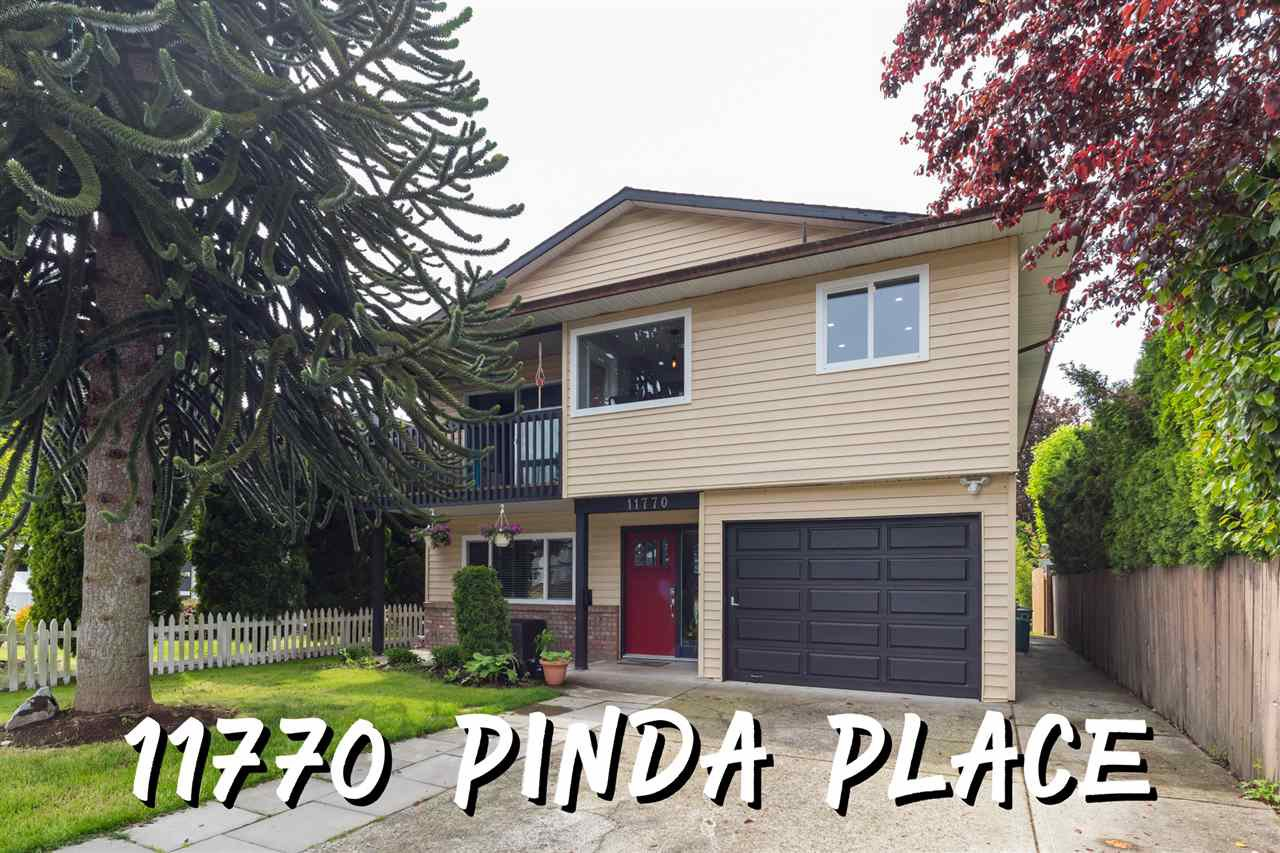 Main Photo: 11770 PINDA Place in Maple Ridge: Southwest Maple Ridge House for sale : MLS®# R2456571