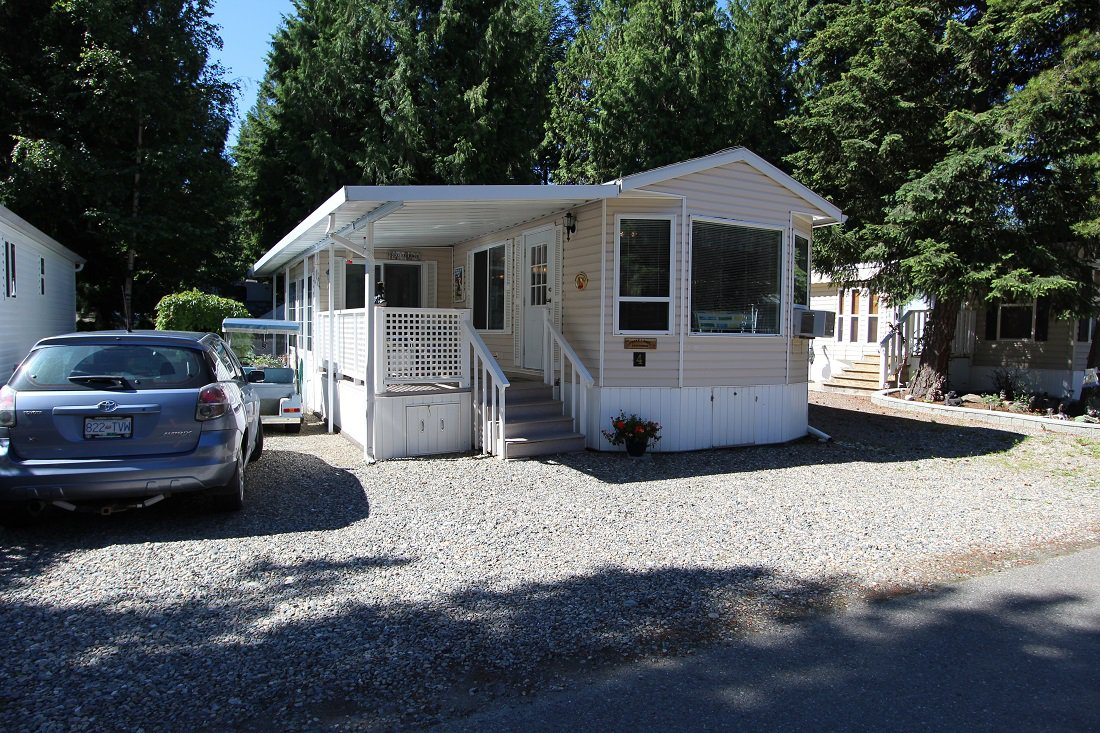 Main Photo: 4 3980 Squilax Anglemont Road in Scotch Creek: North Shuswap Recreational for sale (Shuswap)  : MLS®# 10210159