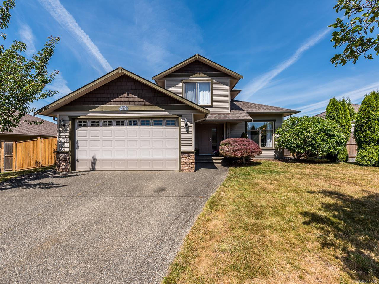 Main Photo: 2386 Inverclyde Way in COURTENAY: CV Courtenay East Single Family Detached for sale (Comox Valley)  : MLS®# 844816