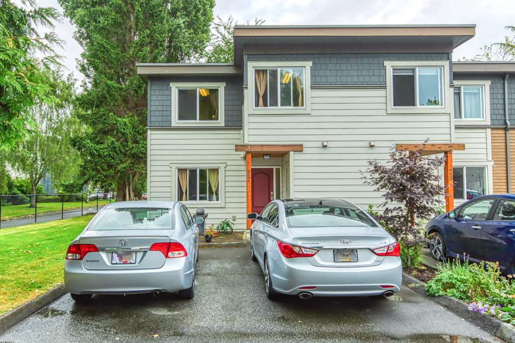 Main Photo: 27 3171 SPRINGFIELD Drive in Richmond: Steveston North Townhouse for sale : MLS®# R2484963